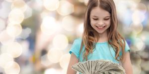 Сумма материнского капитала в 2020 году: сколько заплатит государство за рождение первого и второго ребёнка?